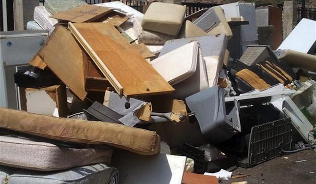 Dove smaltire i rifiuti ingombranti a Roma